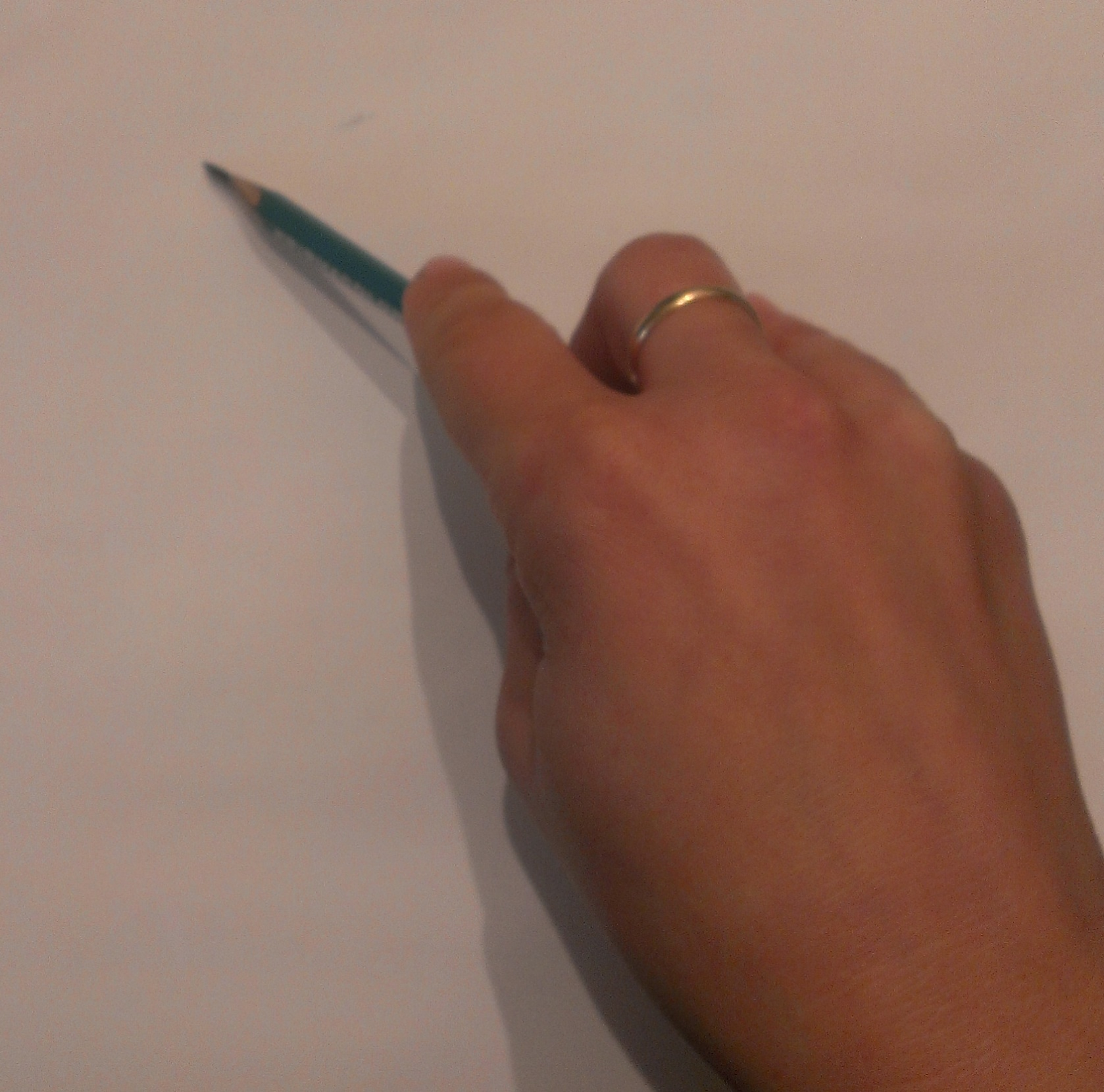 10 essential drawing materials and tools for beginners